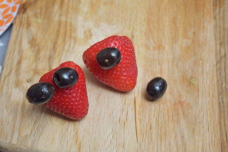fun food ideas making eyes on strawberries