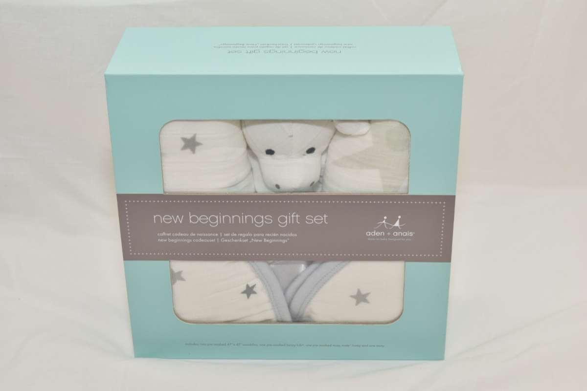 The aden + anais Baby Gift Set