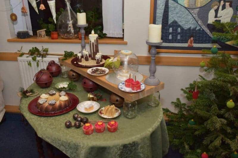 Fantastic Christmas Cake Ideas 183 The Inspiration Edit