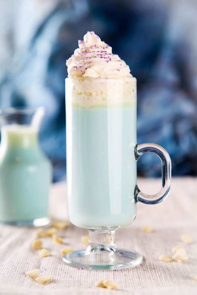Elsa-White-Hot-Chocolate-2-682x1024