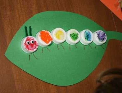 bottlecap-caterpillar-craft