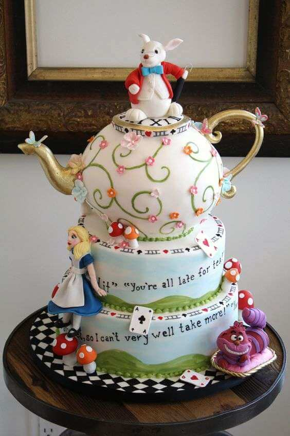 10 Mad Hatter Cake Ideas From Alice In Wonderland 183 The