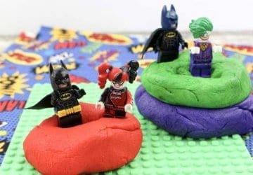 make superhero playdough