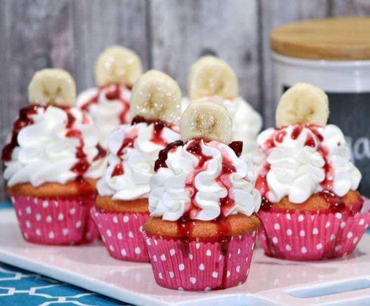 Strawberry-Banana-cupcakes-on-cutting-board