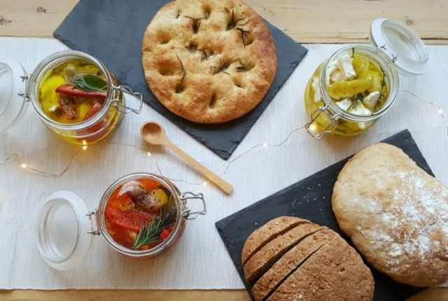 meze-jars-with-crusty-bread/