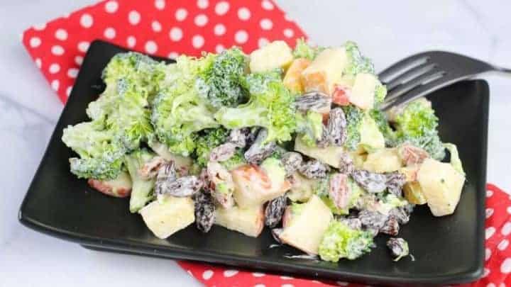 Tasty Summer Broccoli Salad Recipe