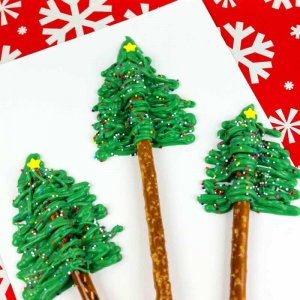 Christmas Tree Pretzel rodsChristmas Tree Pretzel rods