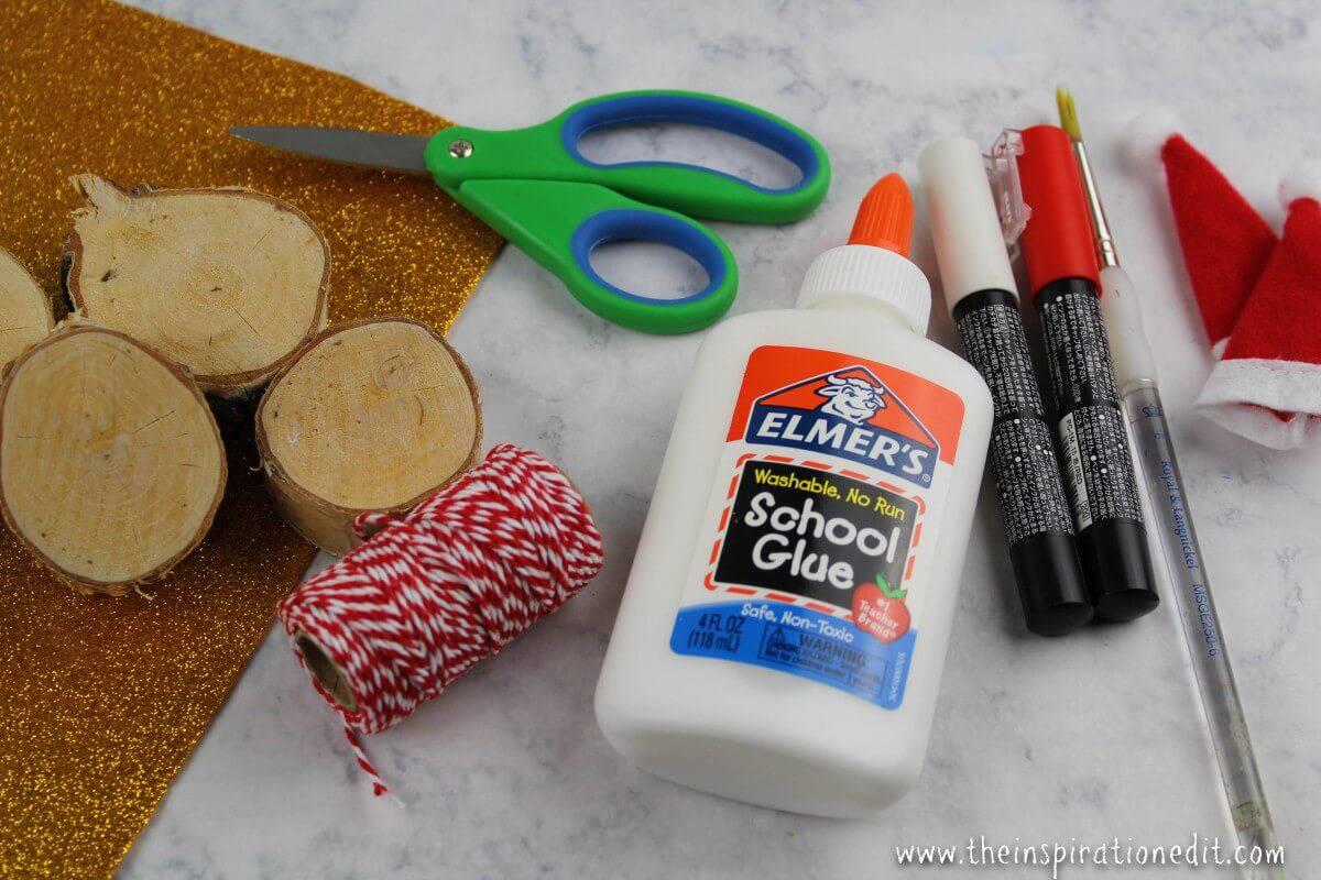Santa Decoration supplies list