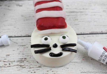cat in the hat oreo cookies