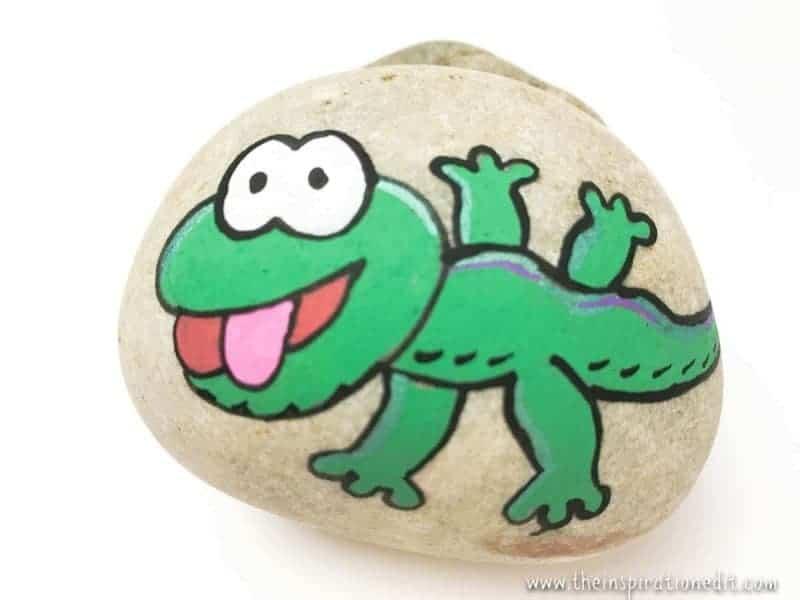 gecko painted rock