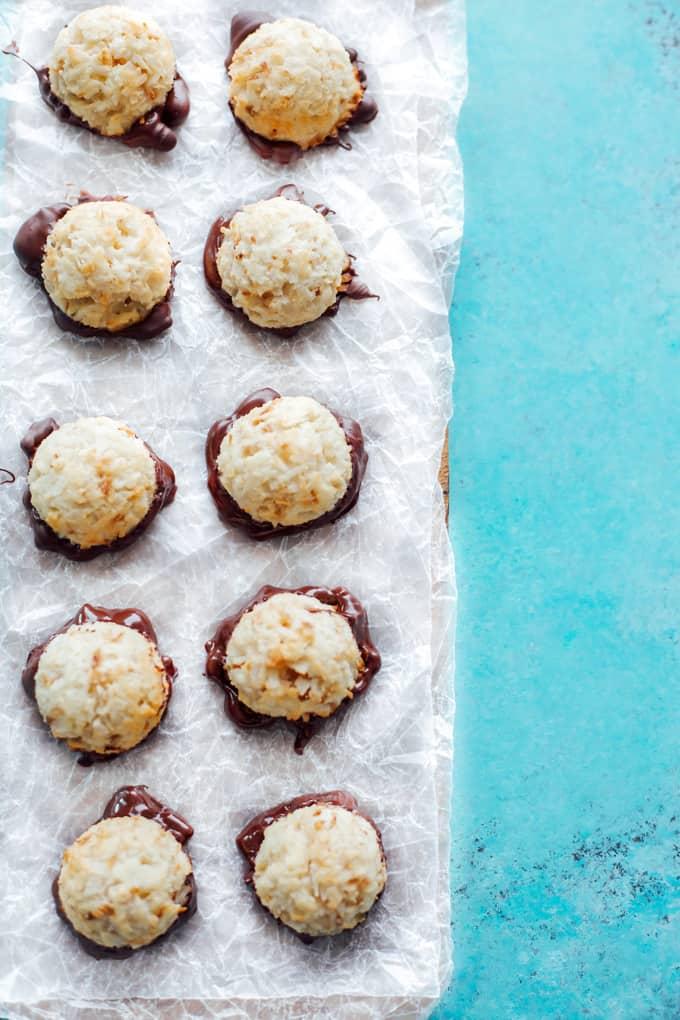 Instant-Pot-Vegan-Coconut-Macaroons