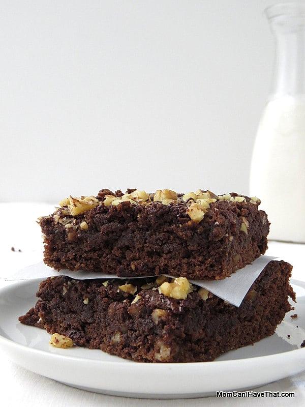 Instant-Pot-chocolate-banana-brownies