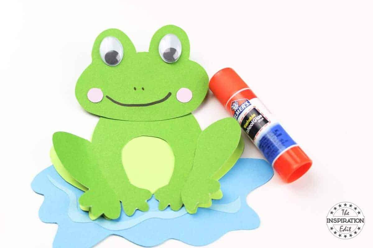 Frog paper craft for preschoolers