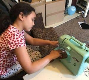 easy sew plush dog for kids