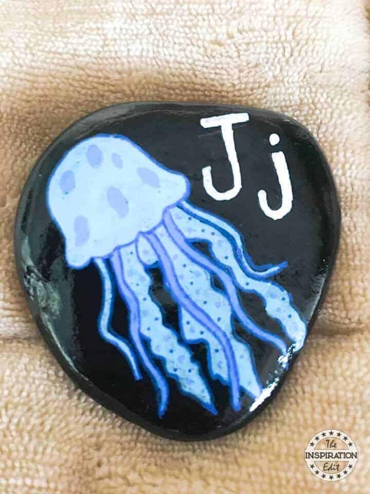 jellyfish rock stone