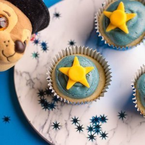 paw patrol chase dog party cupcakes