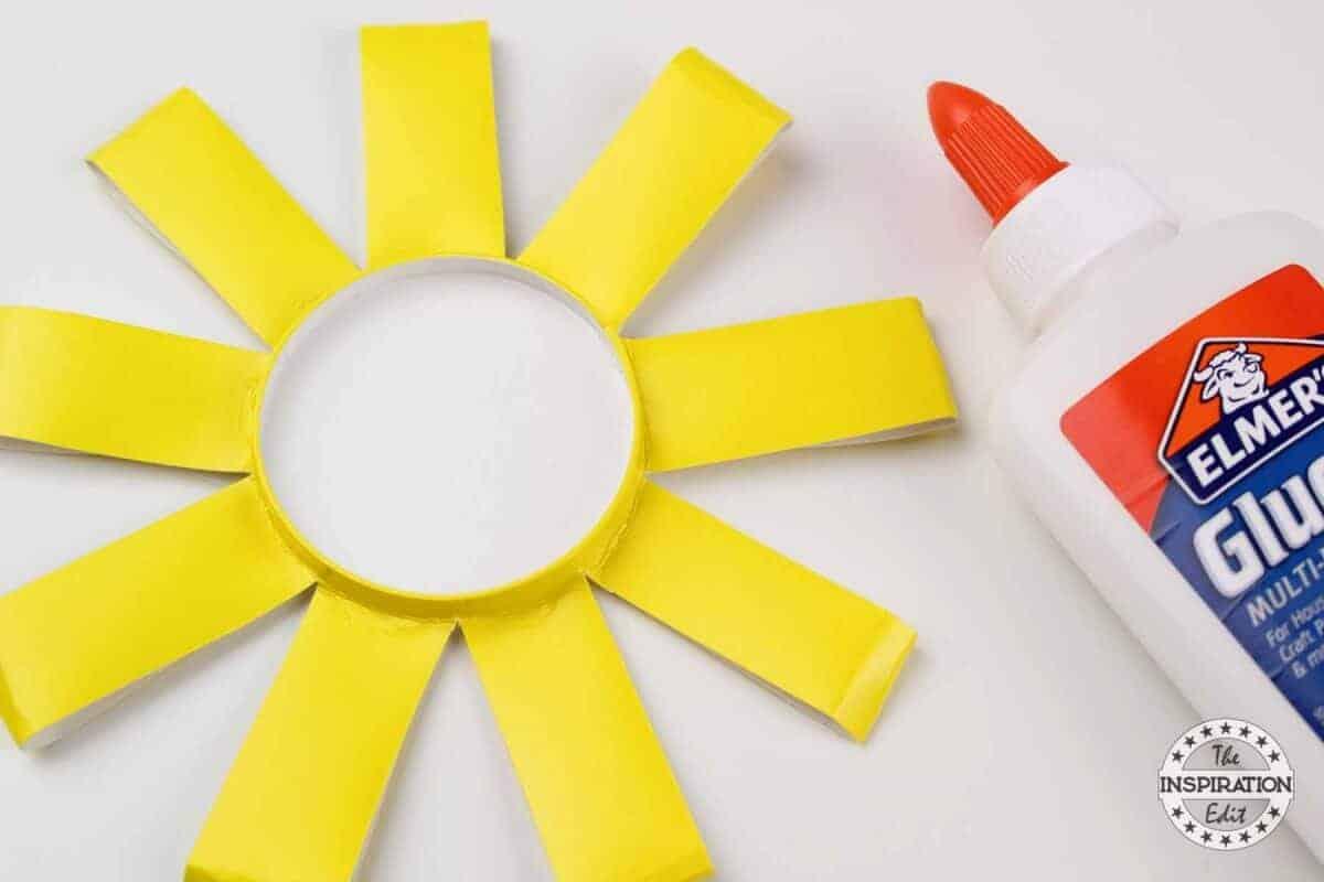 making easy paper flower craft