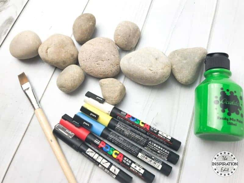 crocodile rock stone art idea and rock painting ideas