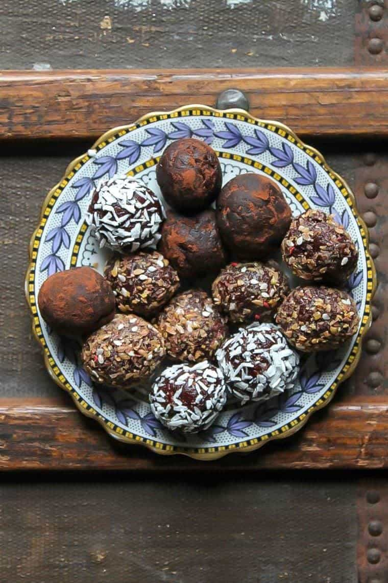 Instant-Pot-beetroot-bliss-balls