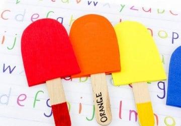 teaching the colors to preschool kids