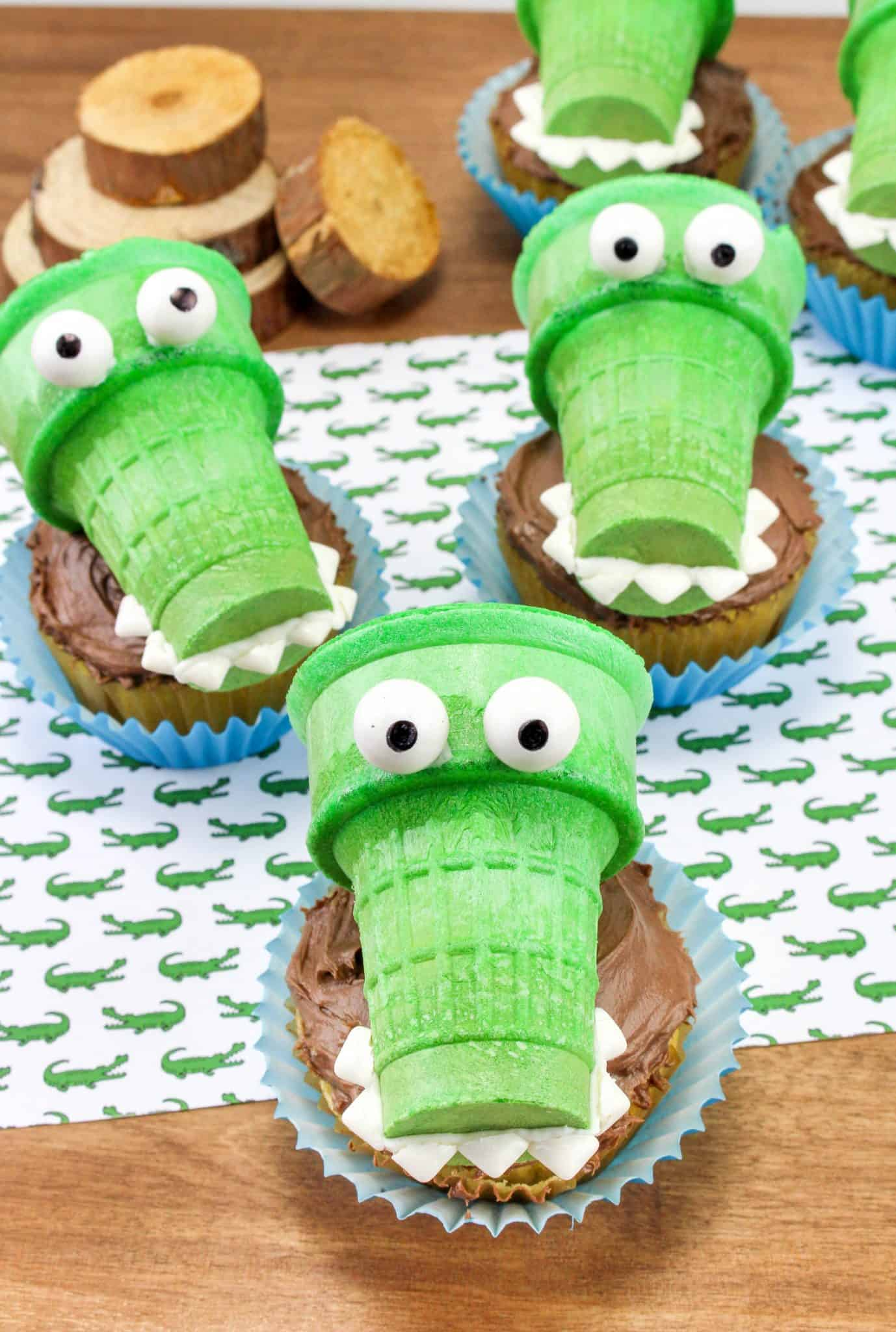 Alligator Cupcakes Super Fun Cupcake Ideas