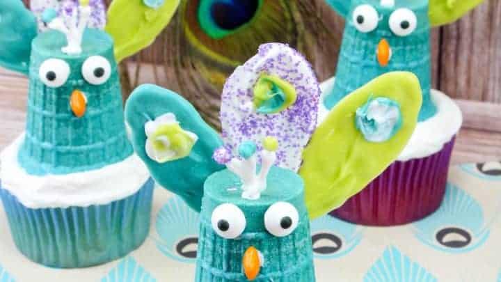 peacock cupcakes creative cupcake ideas
