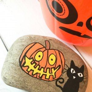 halloween painted rock pumpkin rock stone