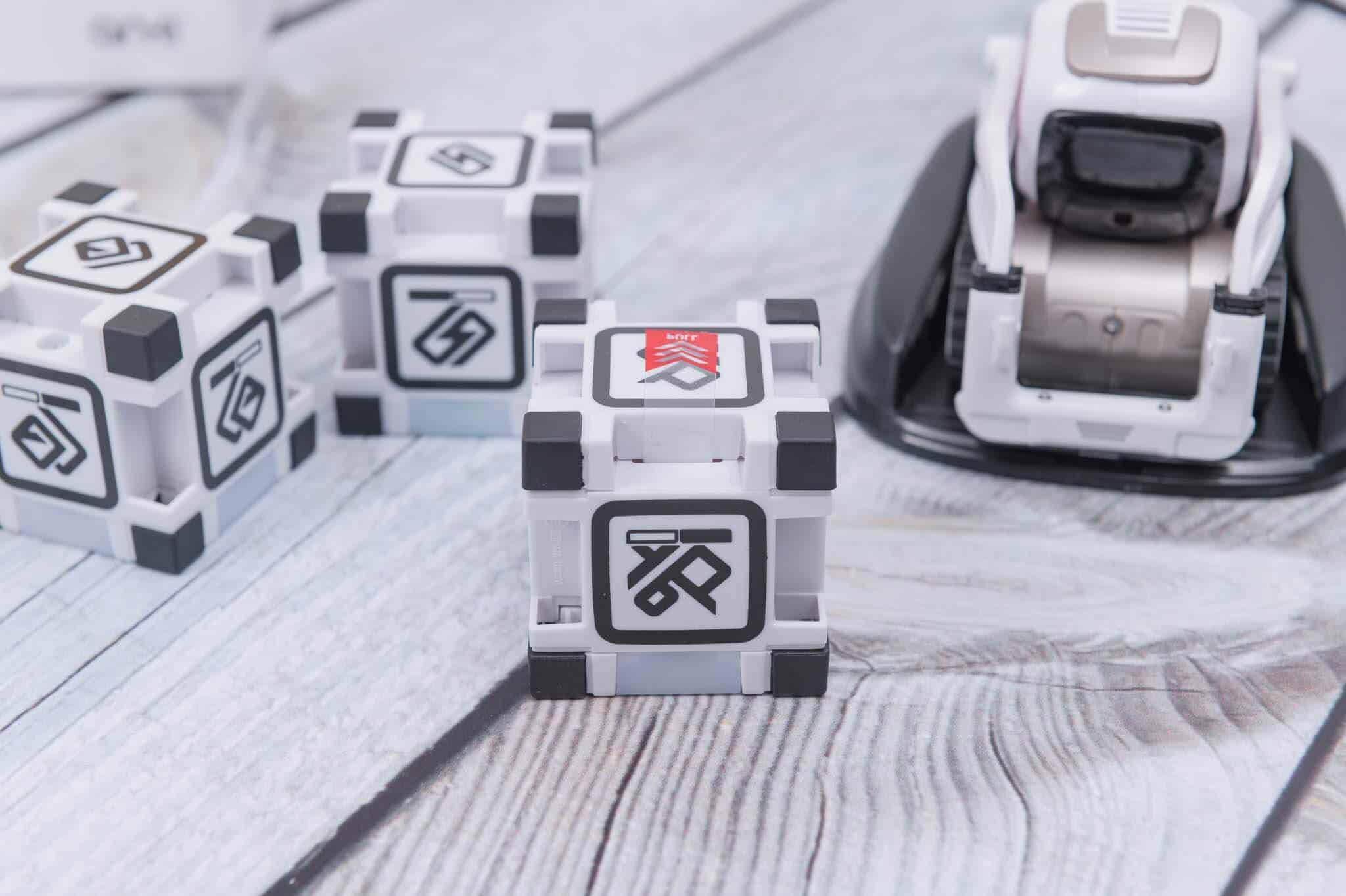 Anki Cozmo Robot Review - Remove Battery Tabs