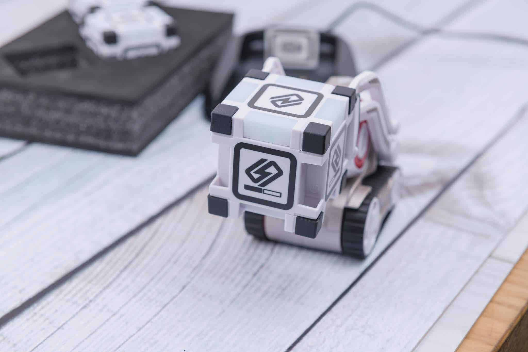 Anki Cozmo Robot Review - Calibration Test
