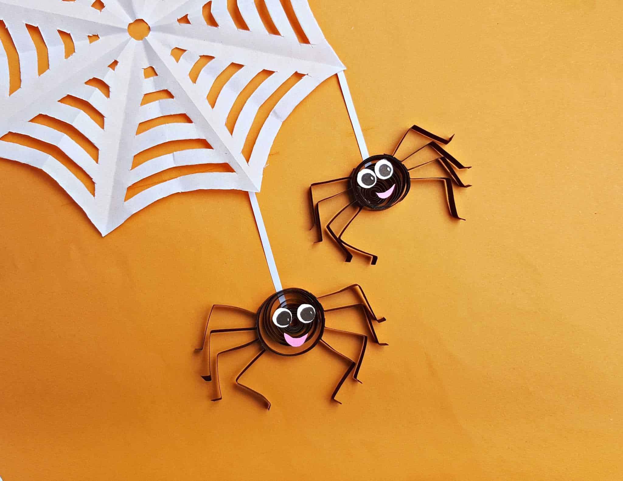Quilled spider halloween craft