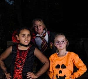 halloween costumes for girls from funidelia