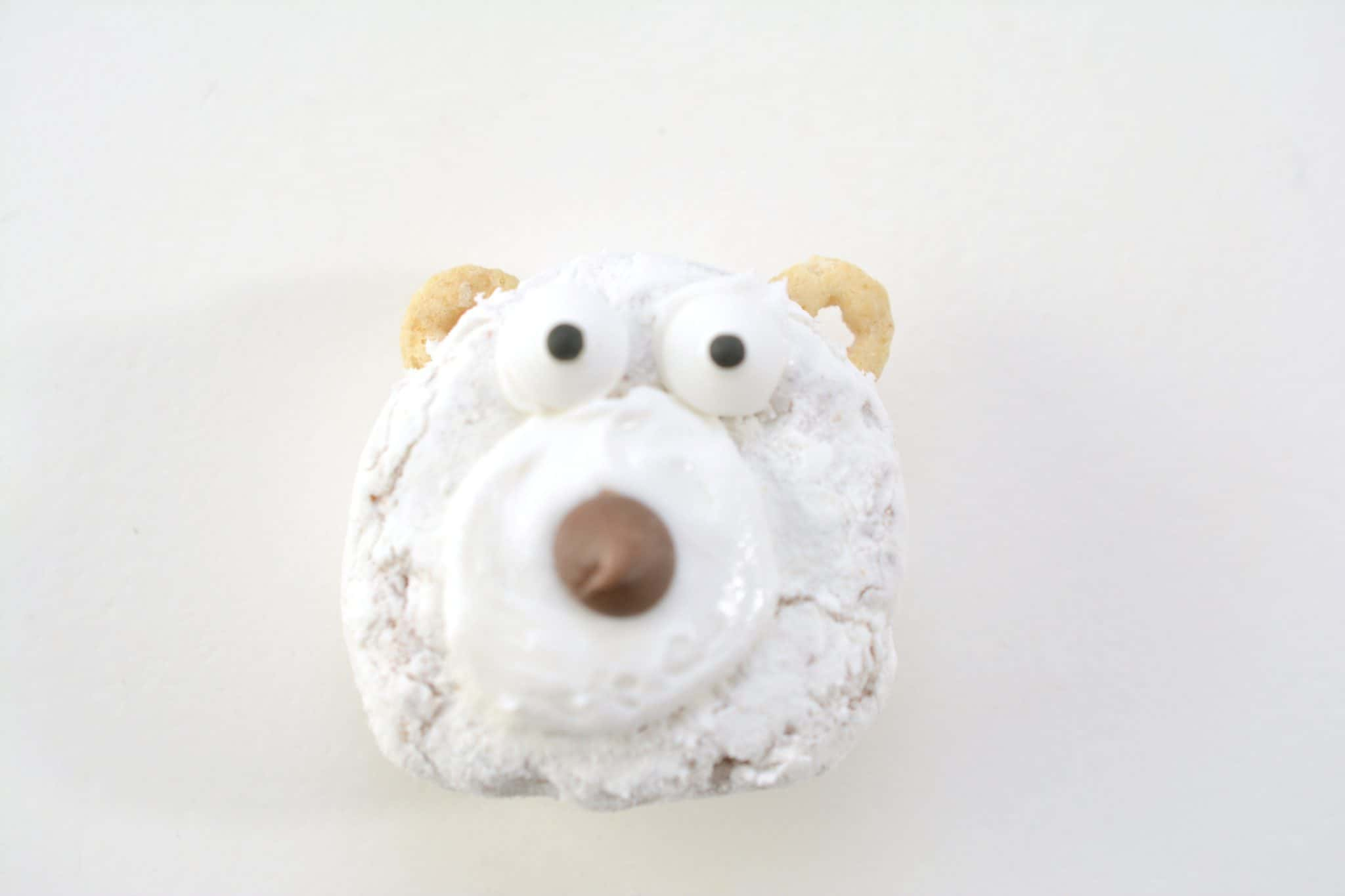 making a polar bear donut