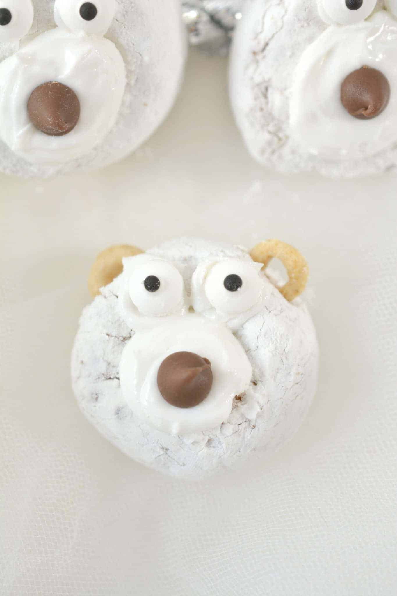polar bear christmas donut idea
