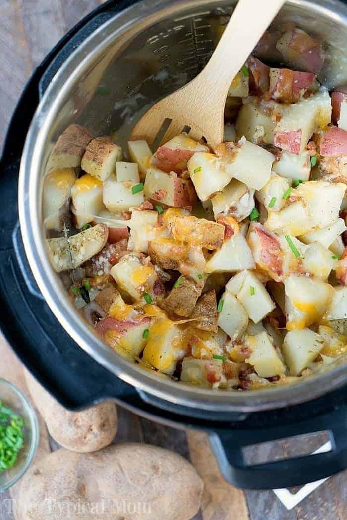 Instant-Pot-Cheesy-Bacon-Ranch-Potatoes