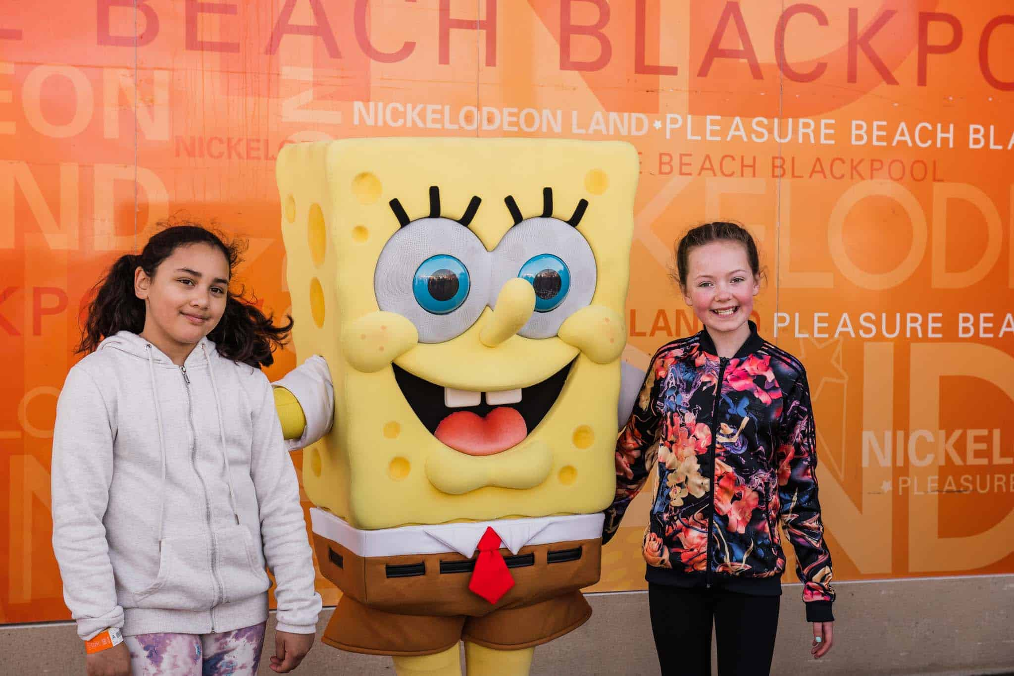 meeting sponge bob at nickelodeon land