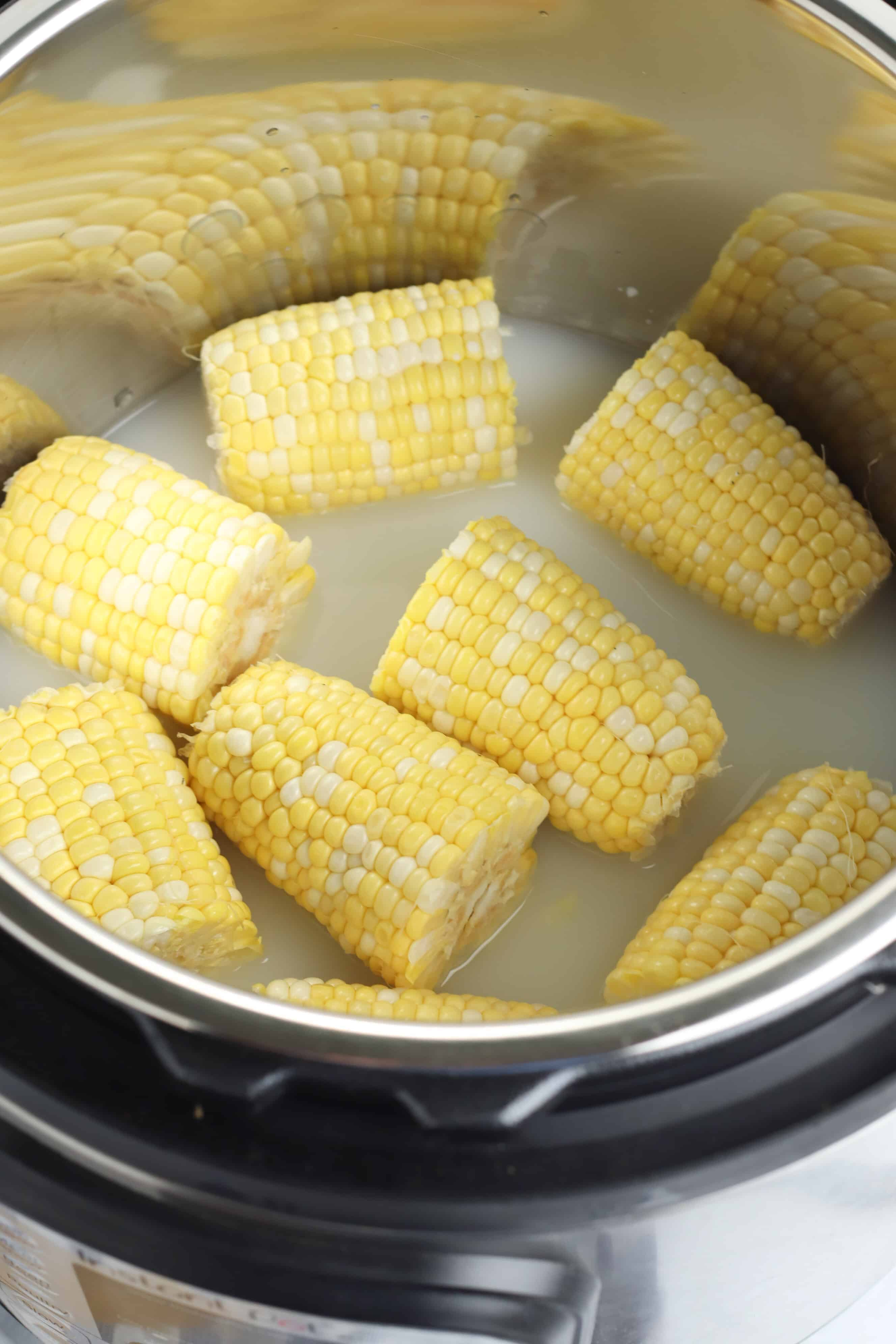 corn and water in an instant pot