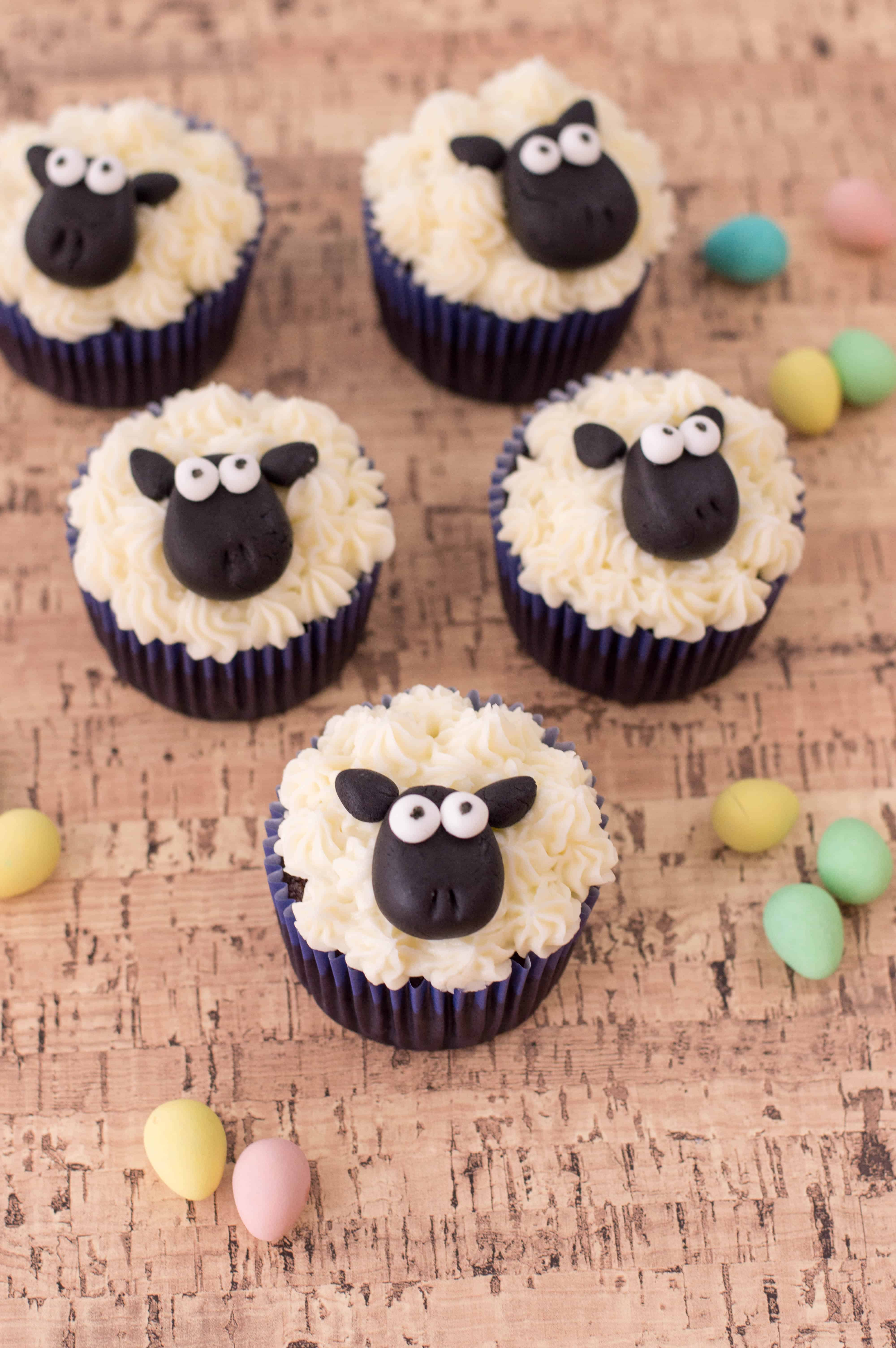 easter cupcakes sheep