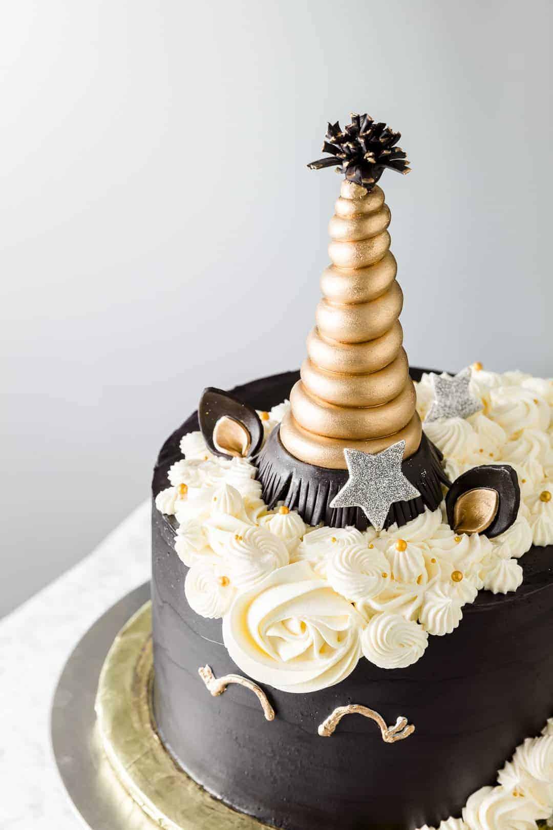 chocolate unicorn cake design