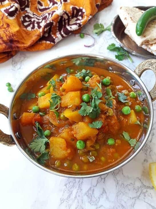 Aloo Matar-Potato and Peas Curry-InstantPot