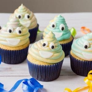emoji birthday party cupcakes