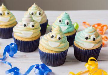 emoji birthday party cupcakes