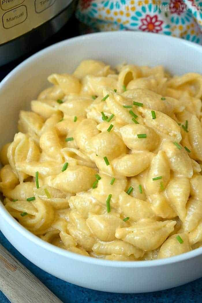 4 Ingredient Instant Pot Macaroni and Cheese