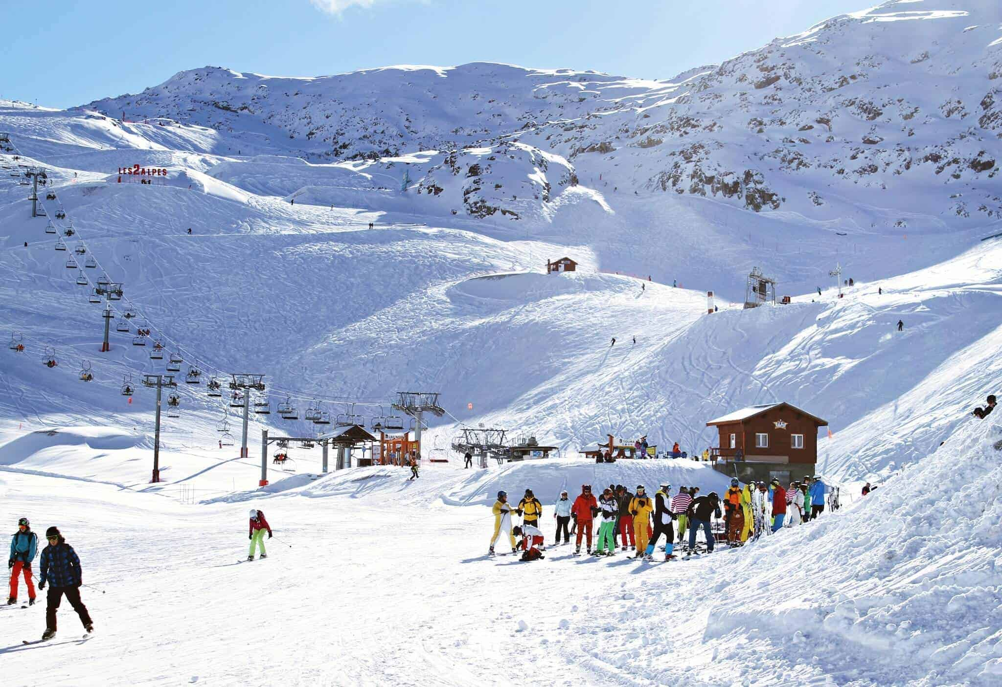 Mountain-Skiing | Pack for a Family Skiing Trip to the Alps