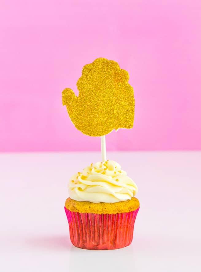 Thanksgiving-Glam-Pumpkin-Spice-Cupcakes