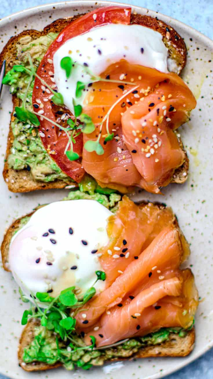 Smoked-Salmon-and-Poached-Eggs